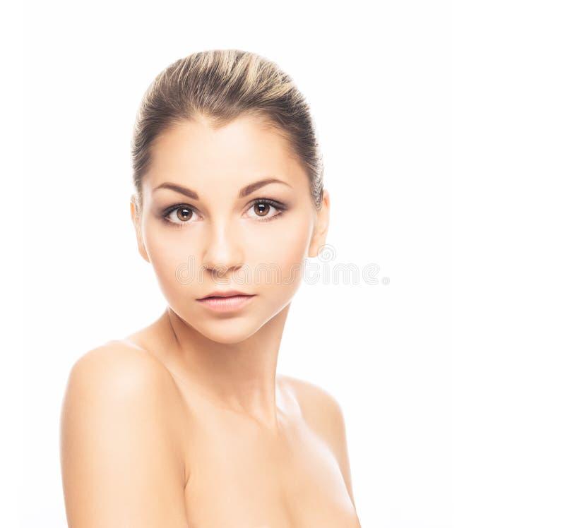 Retrato de uma mulher despida nova que levanta na composição fotos de stock royalty free