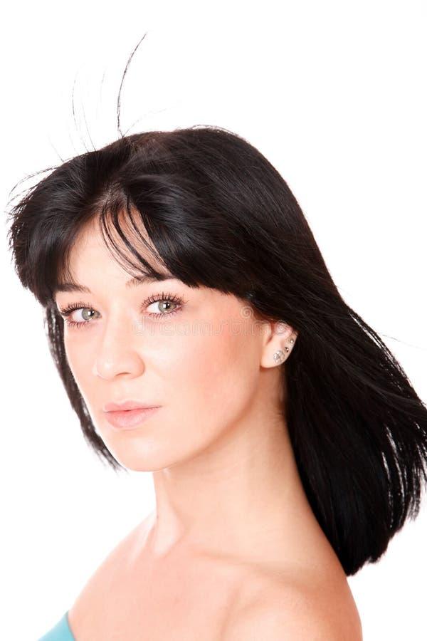 Retrato de uma mulher fresca e encantadora foto de stock