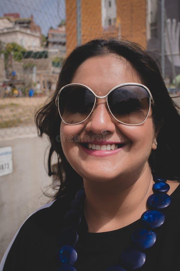 Retrato de uma mulher indiana imagens de stock