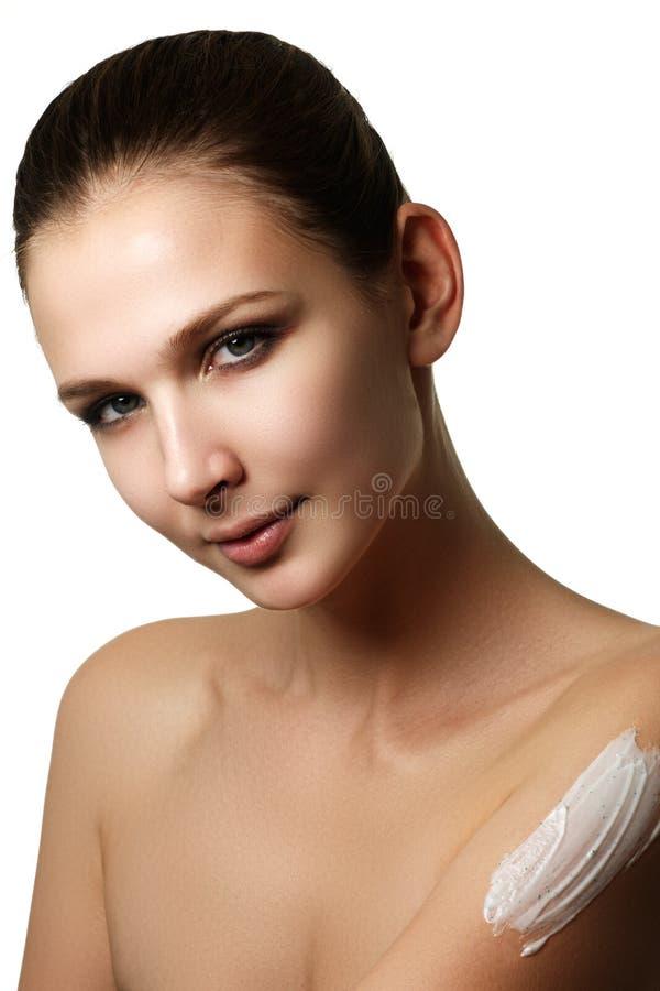Retrato de uma mulher moreno lindo imagem de stock
