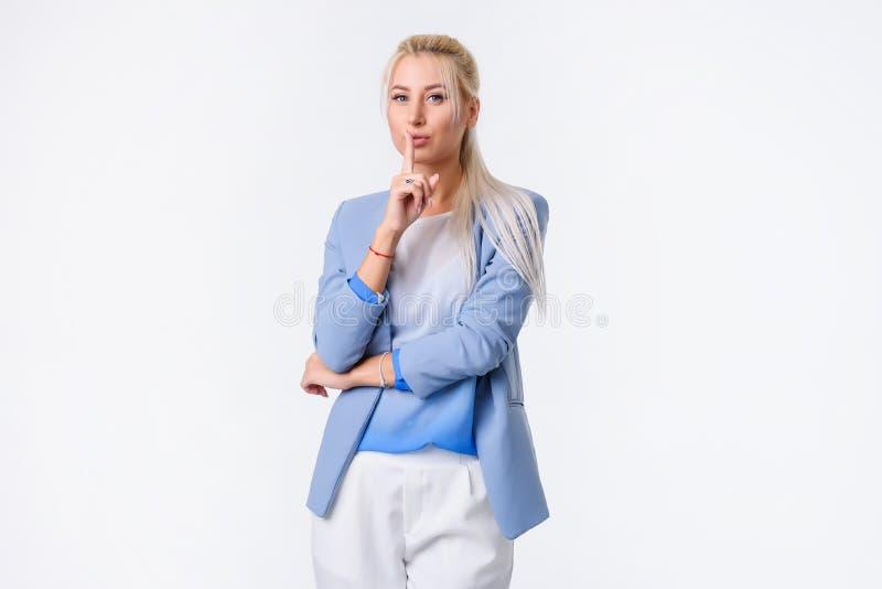 Retrato de uma mulher de negócios alegre imagem de stock