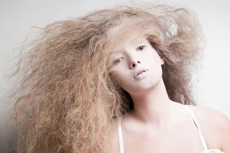 Retrato de uma mulher pálida foto de stock royalty free
