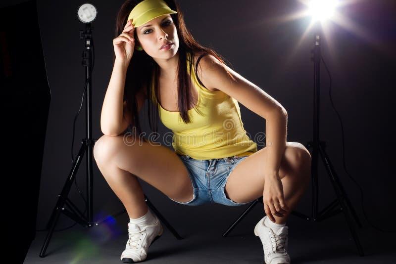 Retrato de uma mulher 'sexy' nova bonita imagem de stock