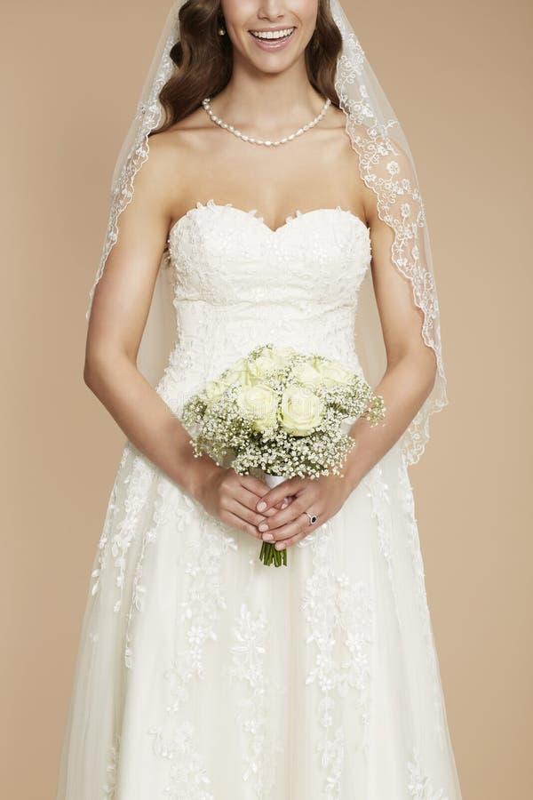 Retrato de uma noiva nova fotografia de stock