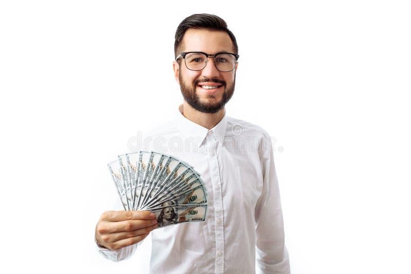 Retrato de uma posição nova do homem do moderno isolado em um CCB branco fotografia de stock royalty free