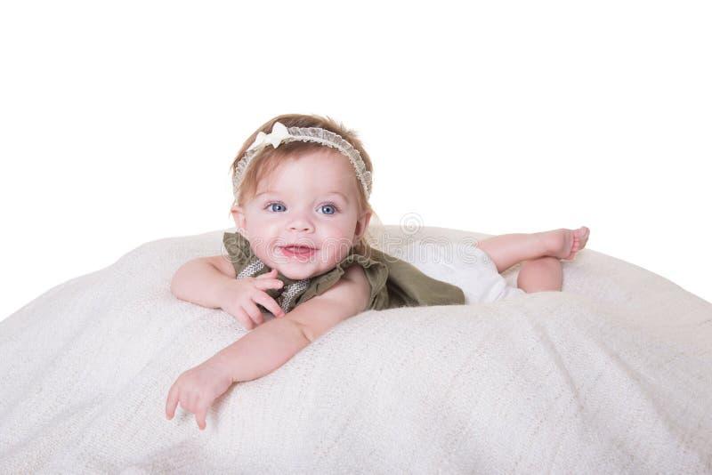 Retrato de un bebé de 6 meses imagen de archivo