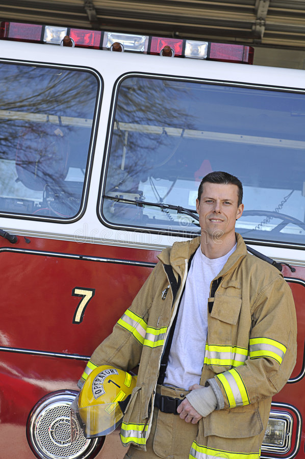 Retrato de un bombero foto de archivo
