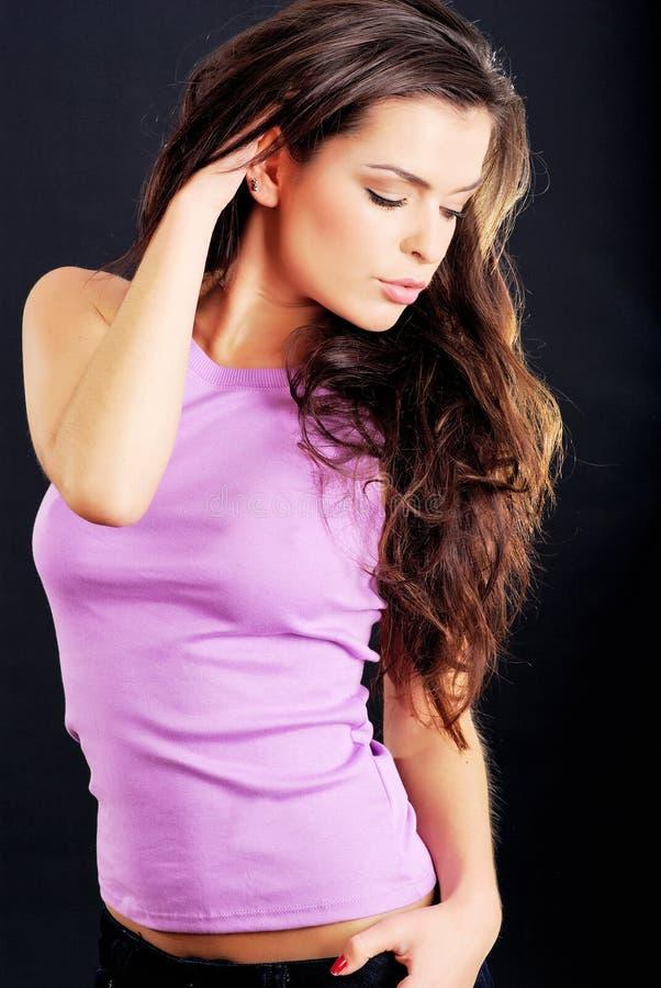 Retrato de un brunette hermoso fotos de archivo