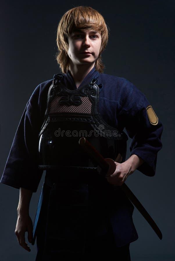 Retrato de un combatiente del kendo imagen de archivo