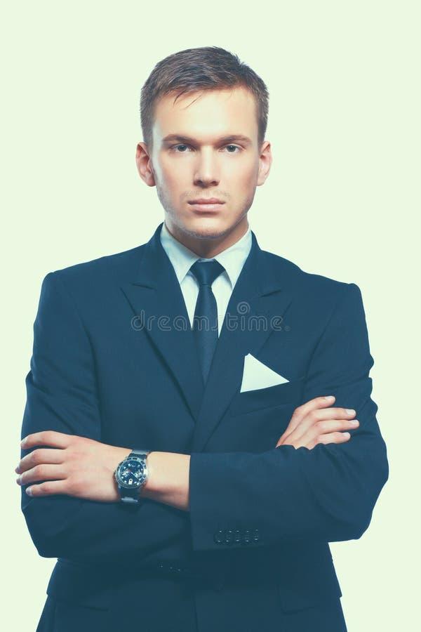 Retrato de un ejecutivo joven en traje de negocios imagenes de archivo