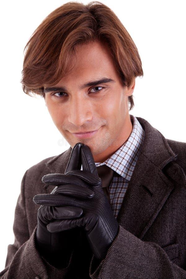 Retrato de un hombre de negocios joven, en otoño/invierno imagenes de archivo