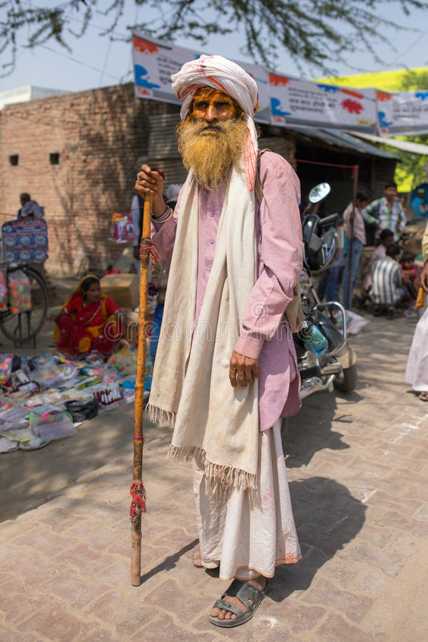Retrato de un hombre mayor indio no identificado en Nandgaon imagen de archivo libre de regalías