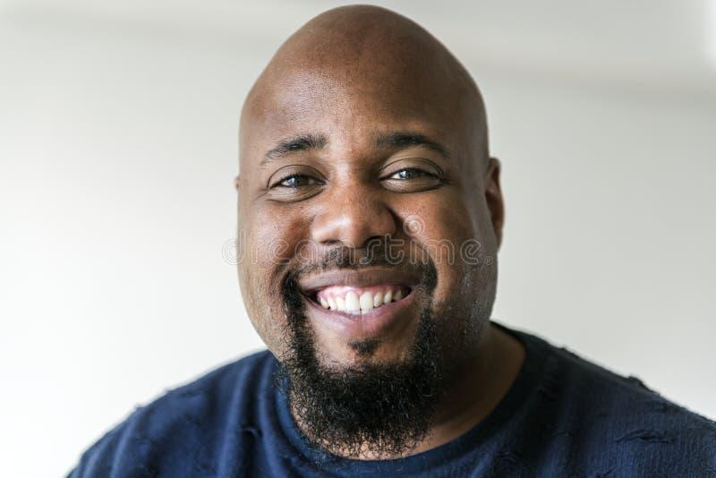 Retrato de un hombre negro imagen de archivo