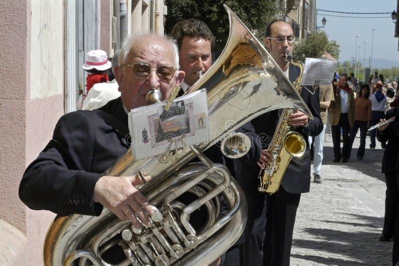 Retrato de un jugador mayor de la tuba, España foto de archivo libre de regalías