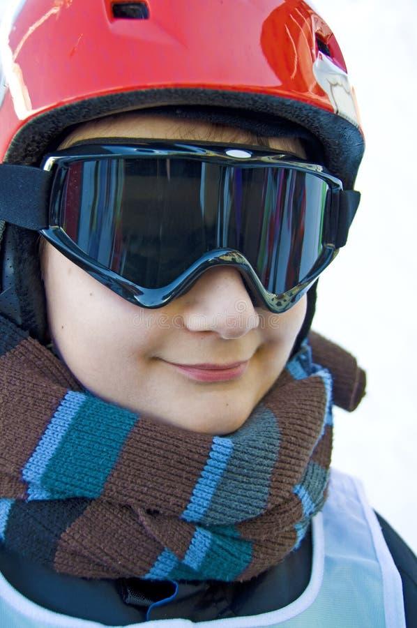 Retrato de un muchacho con la máscara de esquí fotografía de archivo