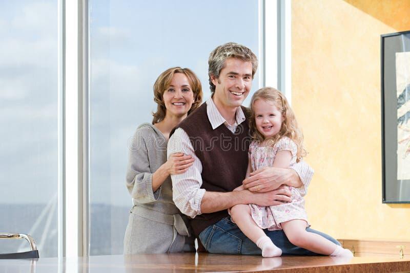 Retrato de un padre y de una hija imágenes de archivo libres de regalías