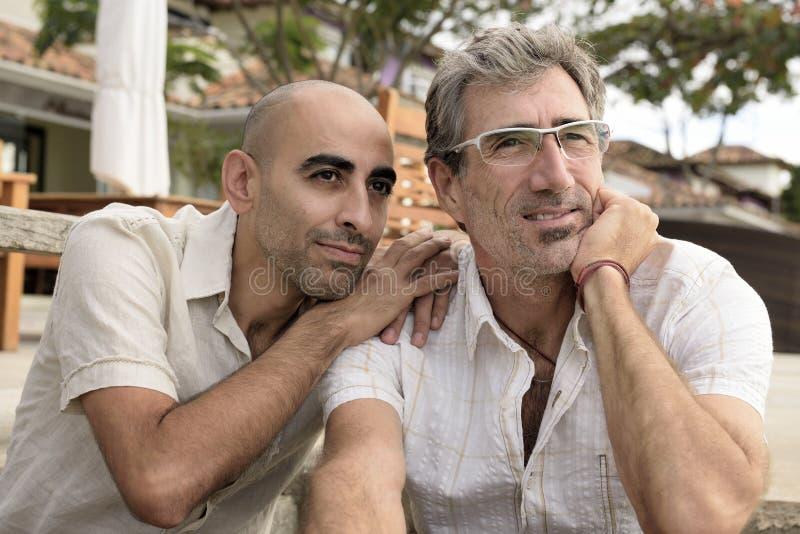 Retrato de un par gay imágenes de archivo libres de regalías