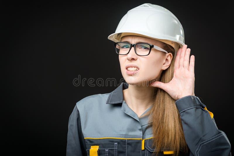 Retrato de un trabajador de sexo femenino foto de archivo