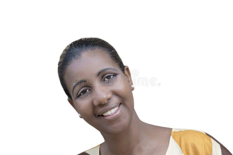 Retrato de una belleza del Afro (mujer de la edad adulta media), aislado imagen de archivo