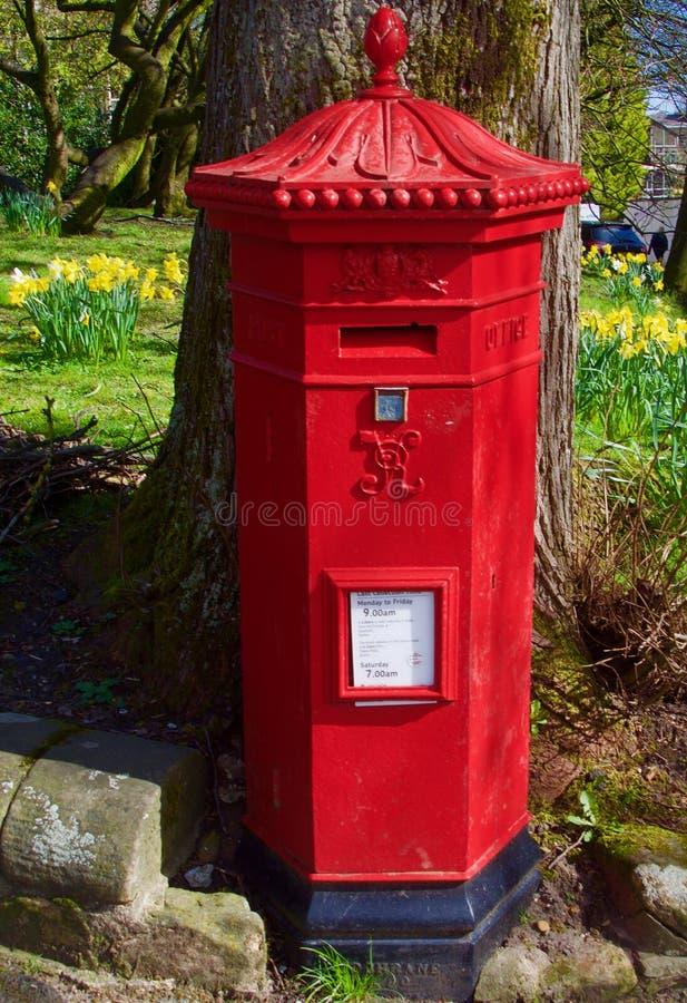 Retrato de una caja de pilar real del correo imagen de archivo