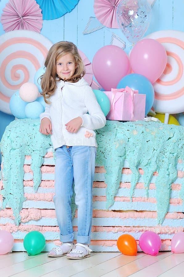 retrato de una muchacha bastante de 8 años foto de archivo libre de regalías