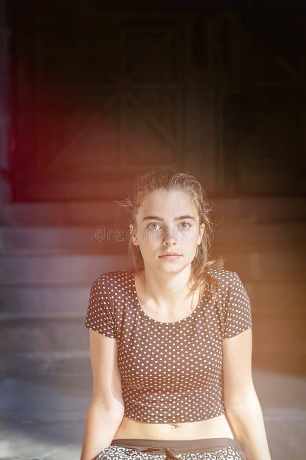 Retrato de una muchacha del adolescente fotos de archivo libres de regalías