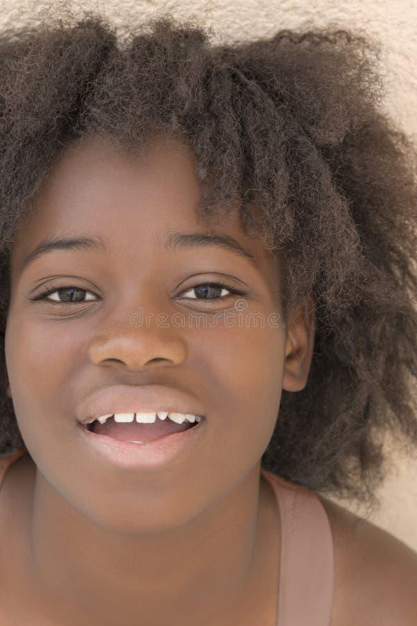 Retrato de una muchacha preciosa, trece años fotografía de archivo libre de regalías