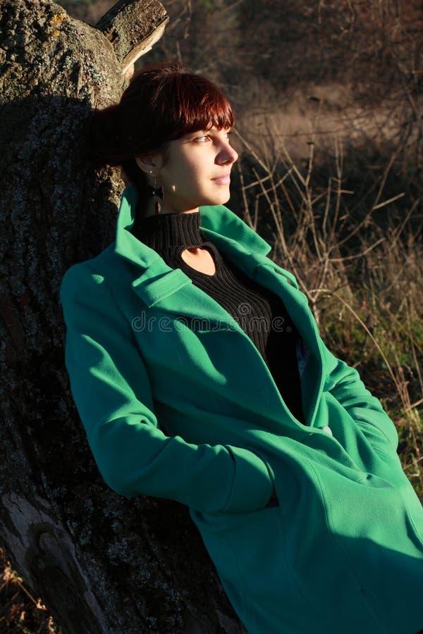 Retrato de una mujer en tiempo del ½ ию del ½ Ð del  Ð?Ð del ¾ Ñ de ую Ð del ½ del ½ Ð de уÐ'еРdel 'del  Ñ de Ñ imagen de archivo libre de regalías