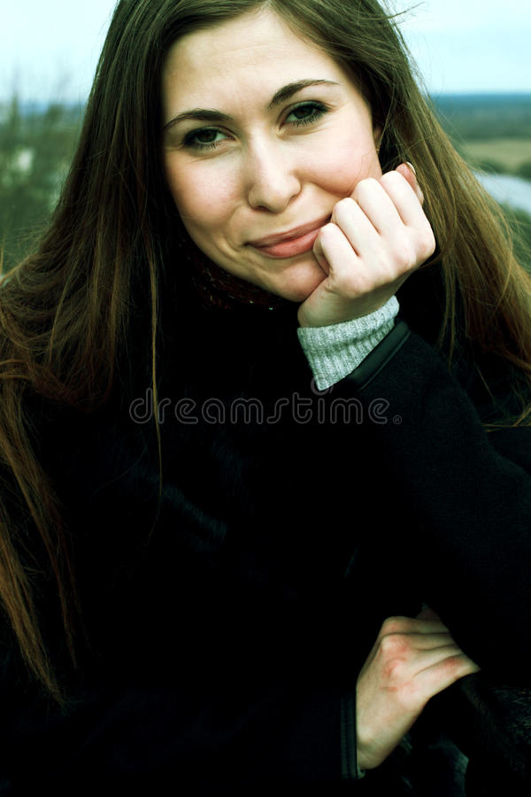 Retrato de una mujer joven fotos de archivo