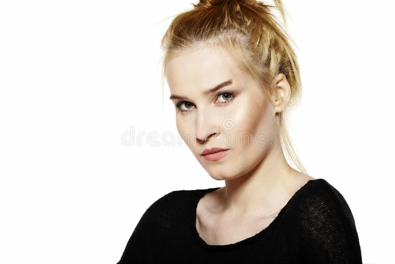 Download Retrato de una mujer joven foto de archivo. Imagen de hermoso - 44855026