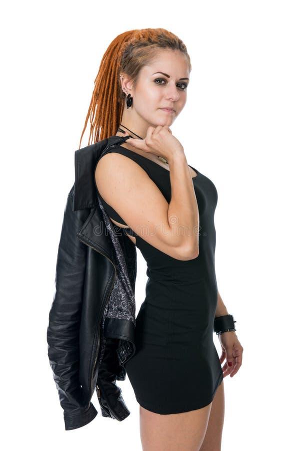 Retrato de una mujer joven con los dreadlocks imagen de archivo libre de regalías