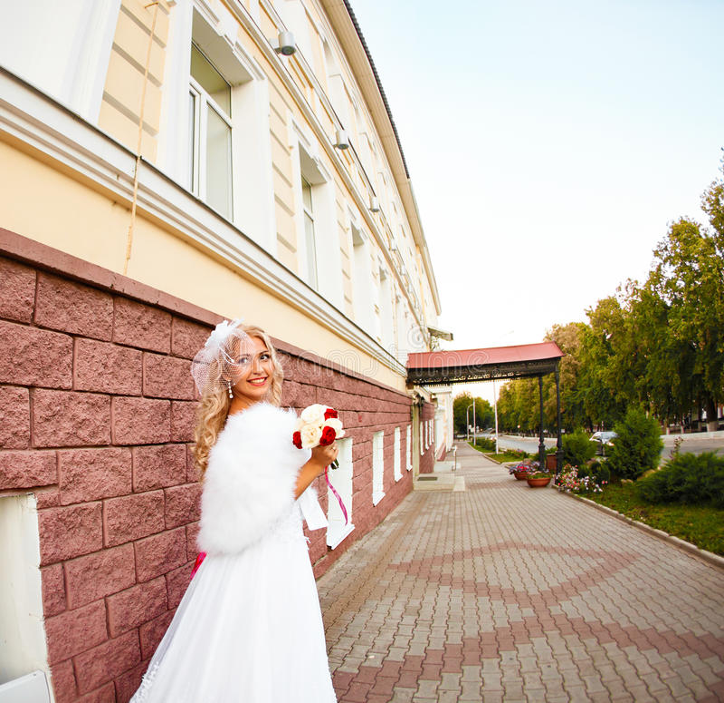 Retrato de una novia rubia hermosa fotos de archivo libres de regalías