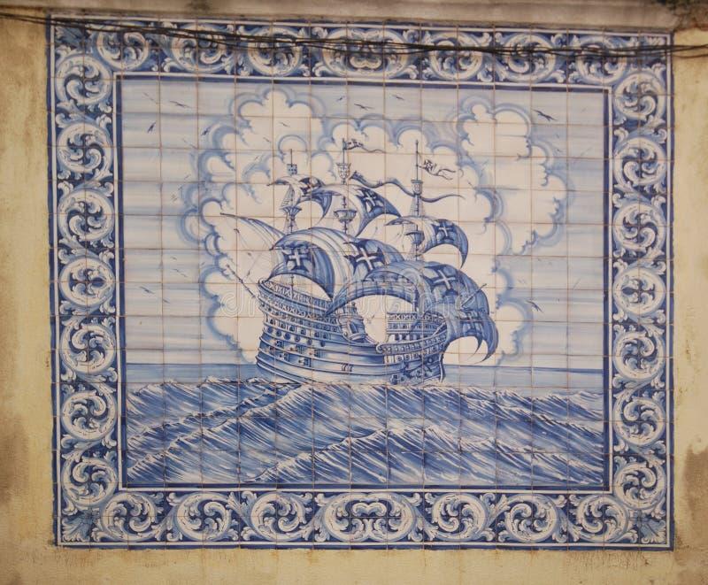 Retrato de Windjammer em telhas portuguesas imagens de stock royalty free