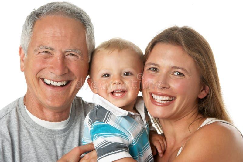 Retrato del abuelo con la hija y el nieto fotos de archivo libres de regalías