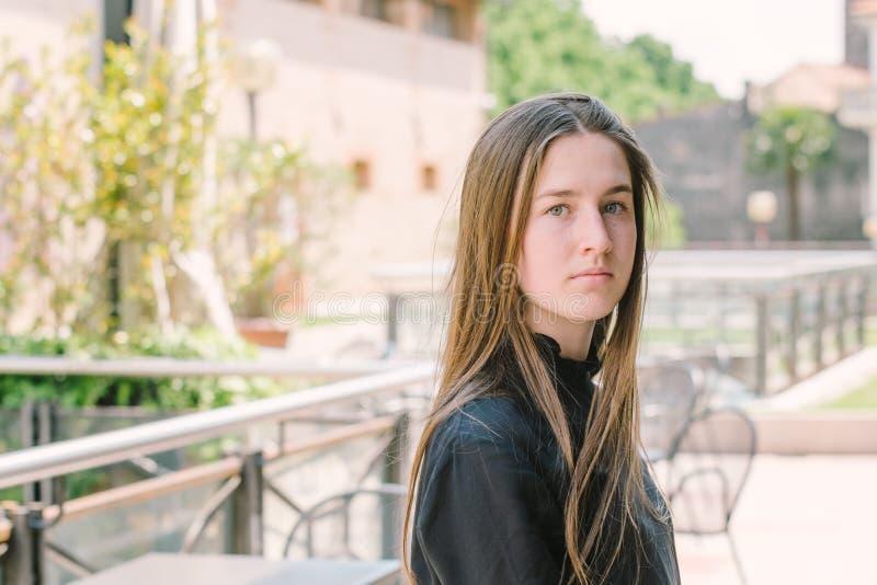 Retrato del adolescente hermoso imagen de archivo libre de regalías
