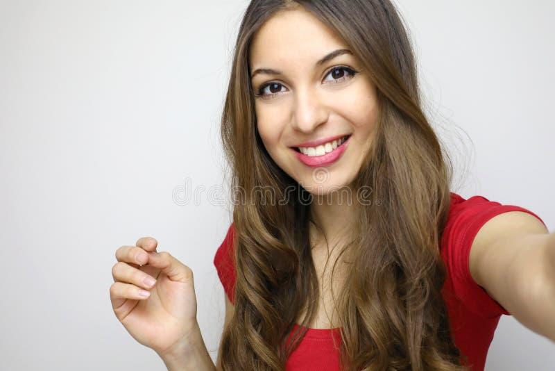 Retrato del estudio de la mujer hermosa que sonríe con los dientes blancos y imágenes de archivo libres de regalías