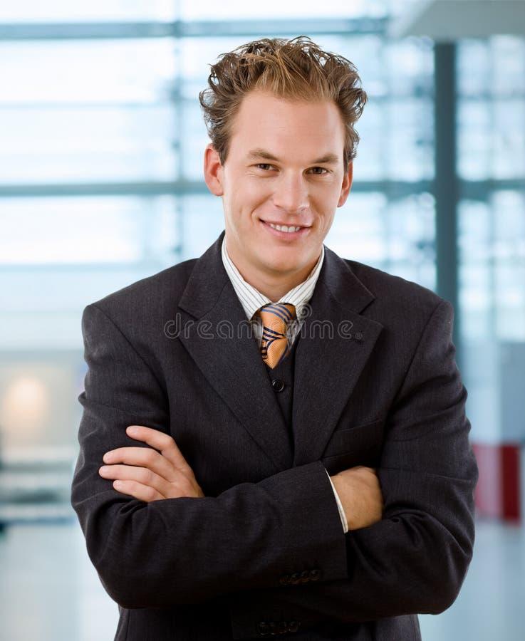 Retrato del hombre de negocios feliz imagen de archivo