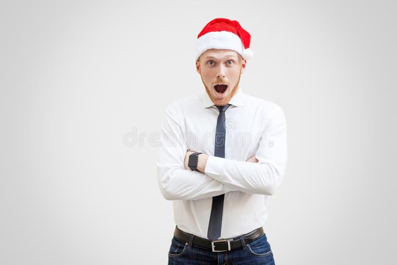 Retrato del hombre de negocios hermoso preguntado en la camisa blanca, negro fotografía de archivo libre de regalías