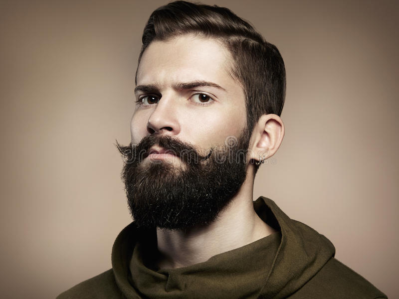 Retrato del hombre hermoso con la barba fotografía de archivo