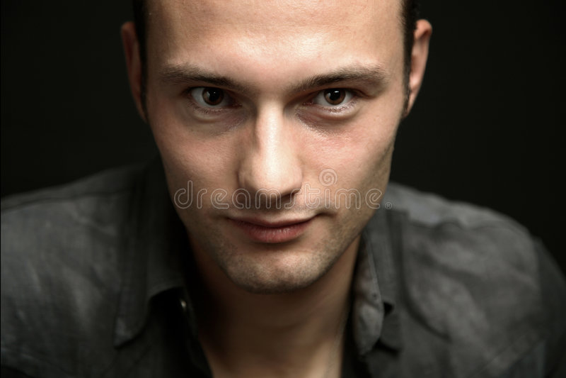 Retrato del hombre joven