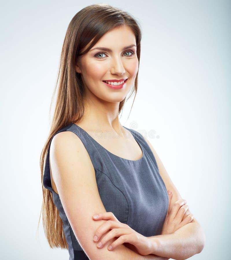 Retrato del isola blanco sonriente joven del fondo de la mujer de negocios imágenes de archivo libres de regalías