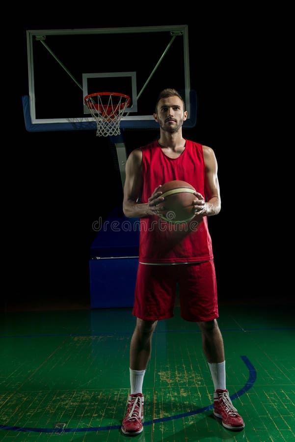 Retrato del jugador de básquet fotos de archivo