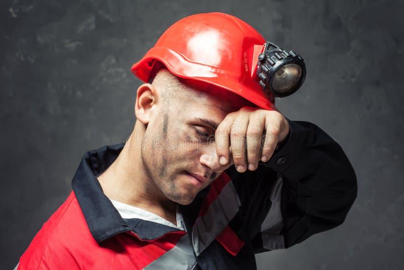 Retrato del minero de carbón cansado fotografía de archivo