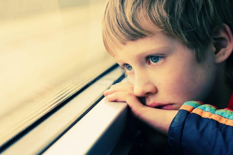 Retrato del muchacho lindo imagenes de archivo