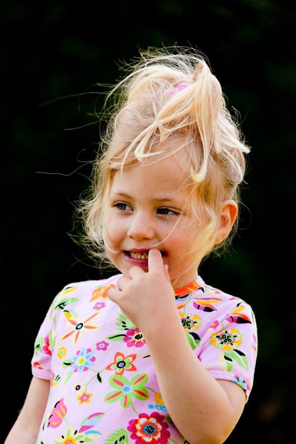 Retrato del niño pensativo fotografía de archivo