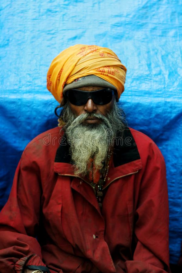 Retrato del sadhu en mela del kumbh fotografía de archivo