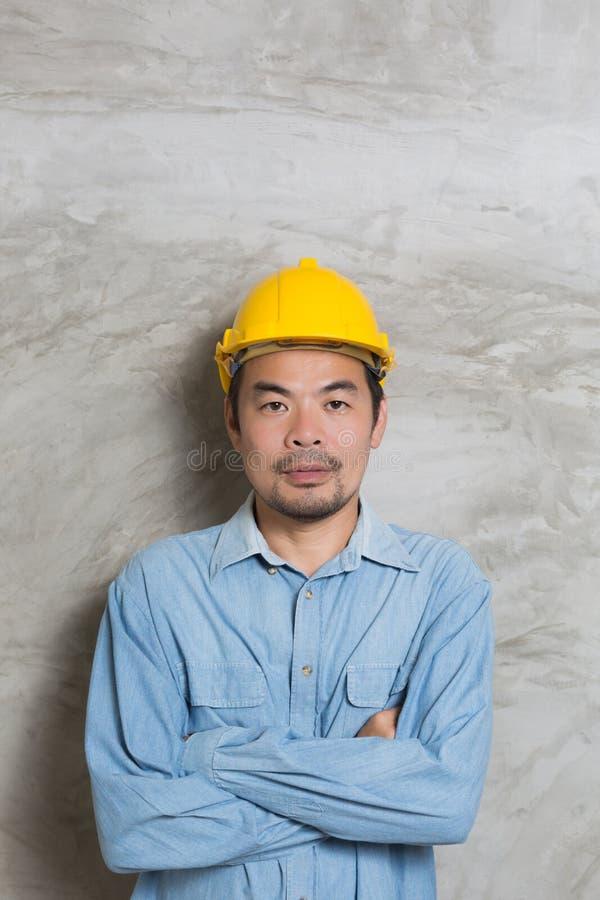 Retrato del técnico asiático imagenes de archivo