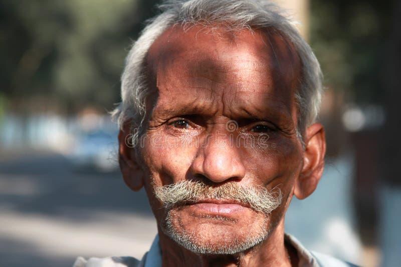 Retrato del viejo hombre fotos de archivo