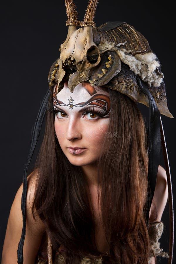 Retrato del vikingo femenino fotografía de archivo libre de regalías