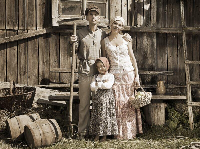 Retrato diseñado retro de la familia fotos de archivo libres de regalías